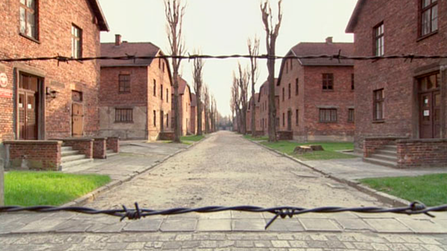 Read more about the article HOURBN. Auschwitz, premiers témoignages (1er volet)
